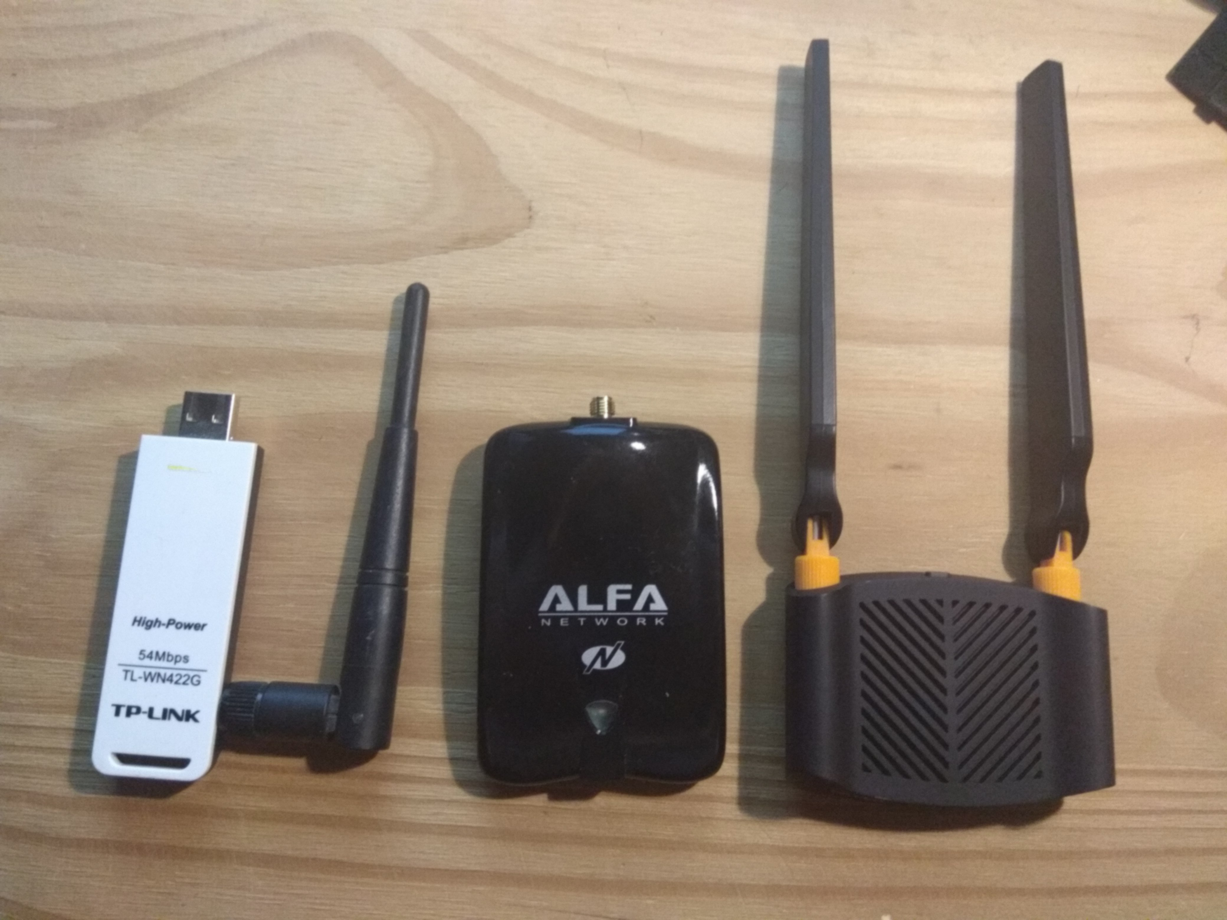 Images Alfa and two tp-link usb devices tested on kali